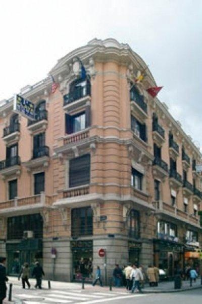 Auberge AWA Madrid Downtown
