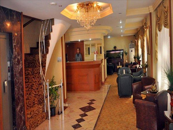 Kaya Madrid Hotel