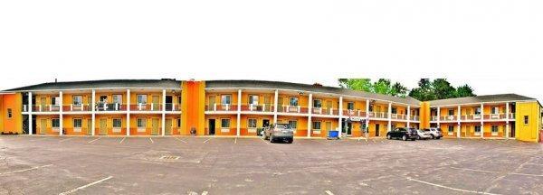 University Manor Inn