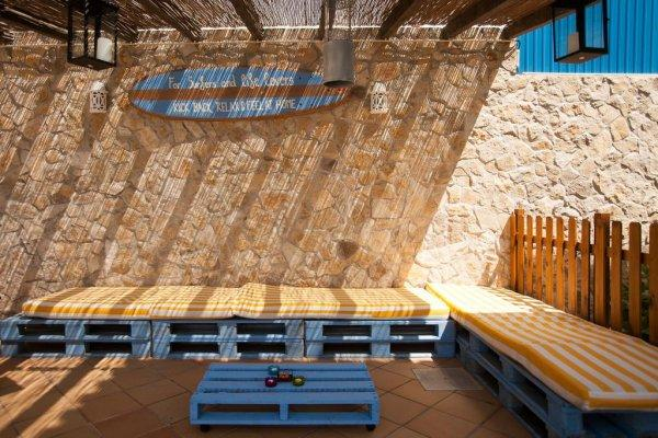 Auberge Ericeira Chill Hill  and Private Rooms - Sea Food