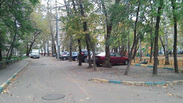 Auberge  by Metro Dmitrovskaya