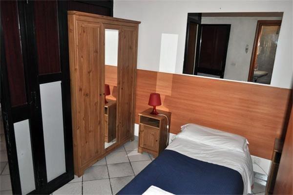 Claudia Rooms