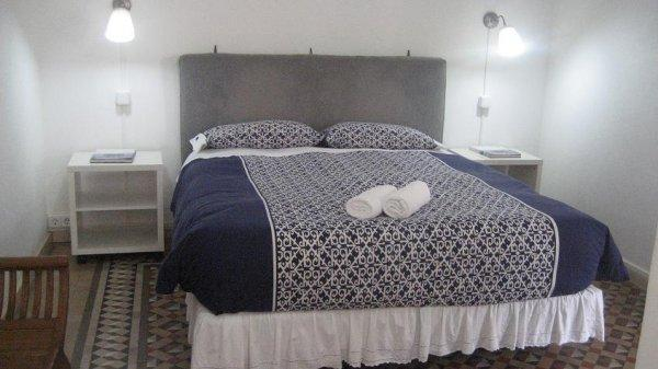 Sleep House 32