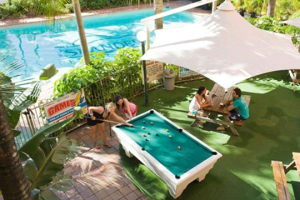 Islander Backpackers Resort