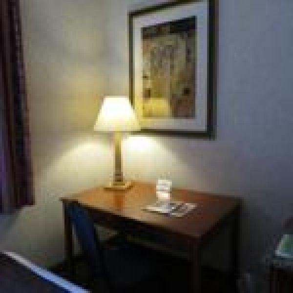AWA Chicago City Center Hotel