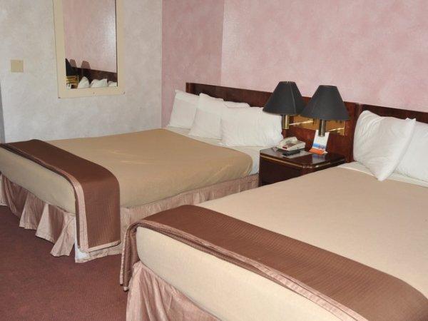 Shalimar Hotel in Las Vegas
