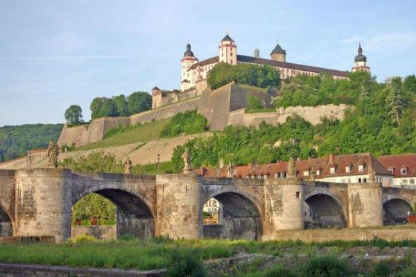 Auberge Würzburg  / Jugendherberge Würzburg