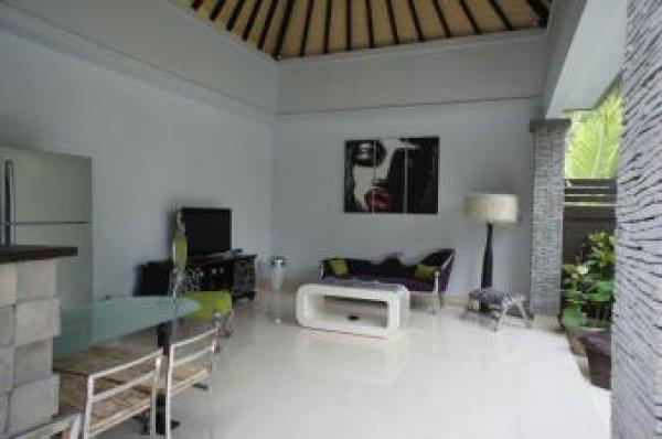 Nomad's Villa
