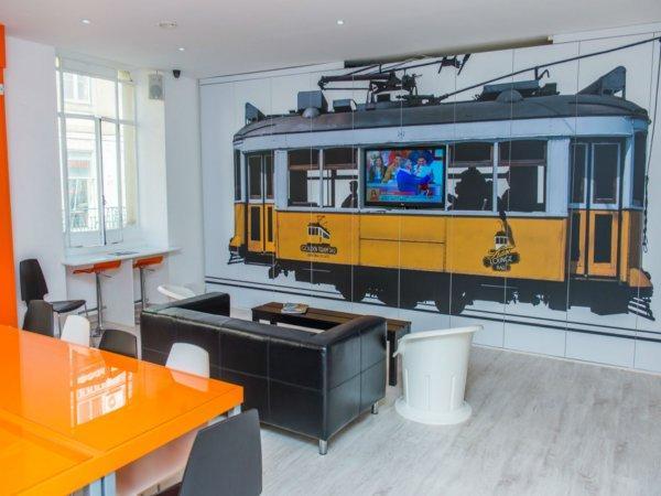Auberge Golden Tram 242 LISBON