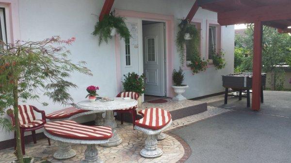 Auberge  Mama's House
