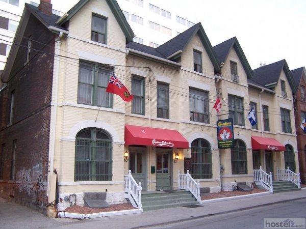 Canadiana Backpackers Inn