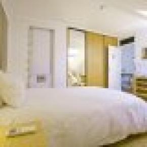 Valmor Apartment Lisbon