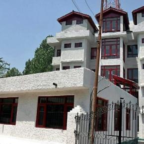 Auberges de jeunesse - Hotel Sadaf