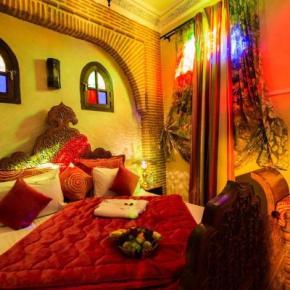 Auberges de jeunesse - Riad & Spa Mabrouk