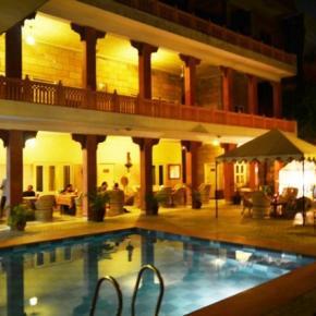 Auberges de jeunesse - Suryaa Villa