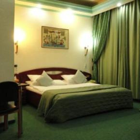 Auberges de jeunesse - Hotel Relax Comfort Suites