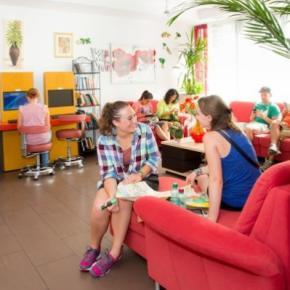 Auberges de jeunesse - Auberge a&t Holiday