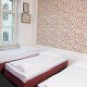 Hotel 103