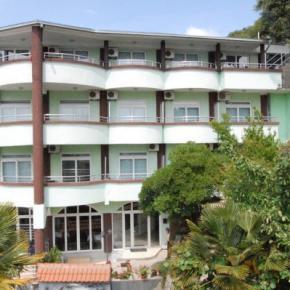 Auberges de jeunesse - Hotel Hoti
