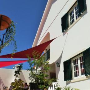 Auberges de jeunesse - Omassim Guest House