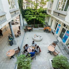 Auberges de jeunesse - Gîte d'Etape-Auberge de Jeunesse Jacques Brel
