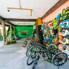 Auberges de jeunesse - Auberge Jeepney  & Kite Resort