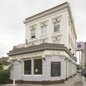 Auberges de jeunesse - Auberge Queen Elizabeth Pub &  Chelsea