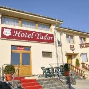 Auberges de jeunesse - Hotel Tudor