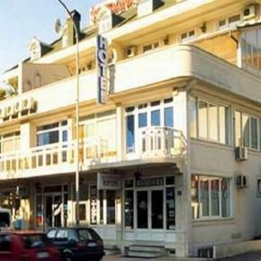 Auberges de jeunesse - Boja Tours Hotel