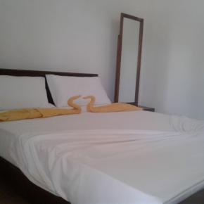 Auberges de jeunesse - Diyawara Home Stay