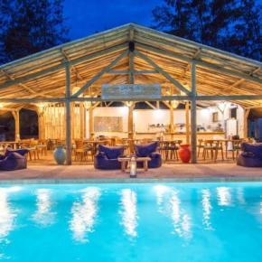 Auberges de jeunesse - AVIA Villa Resort