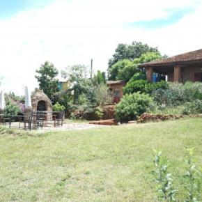 Auberges de jeunesse - Le lac hotel Ivato gites et camping