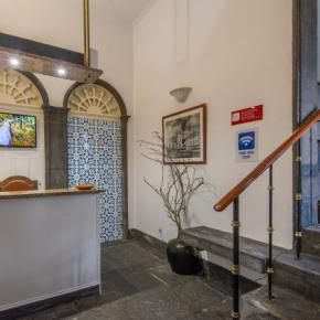 Auberges de jeunesse - Comercial Azores Guest House