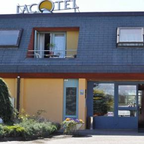 Auberges de jeunesse - Hotel Lacotel