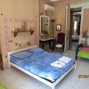 Auberges de jeunesse - Chambres Chez l'Habitant Chez Brigitte.B