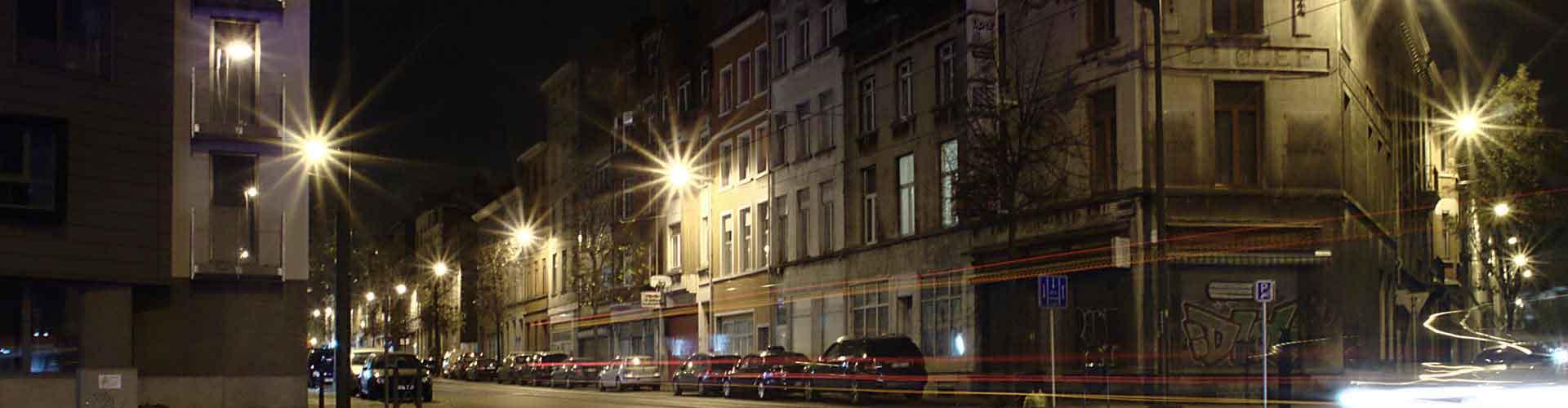 Bruxelles - Auberges de jeunesse et Chambres pas chères dans le quartier de Molenbeek-Saint-Jean. Cartes de Bruxelles, photos et commentaires pour chaque Auberge de jeunesse et Chambre pas chère à Bruxelles.