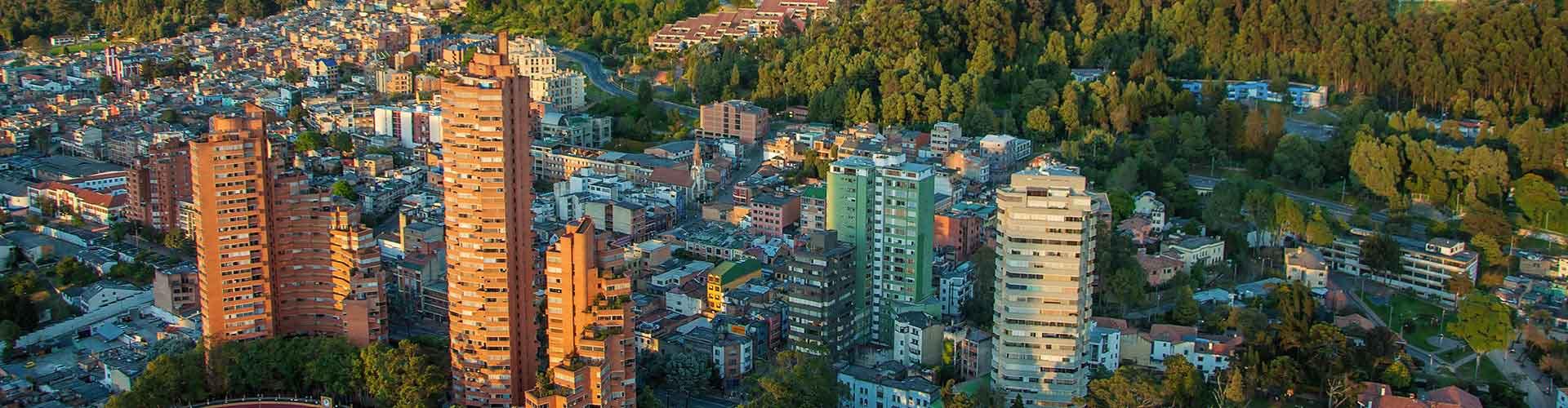 Bogota - Auberges de jeunesse dans le quartier de Muequetá. Cartes pour Bogota, photos et commentaires pour chaque auberge de jeunesse à Bogota.