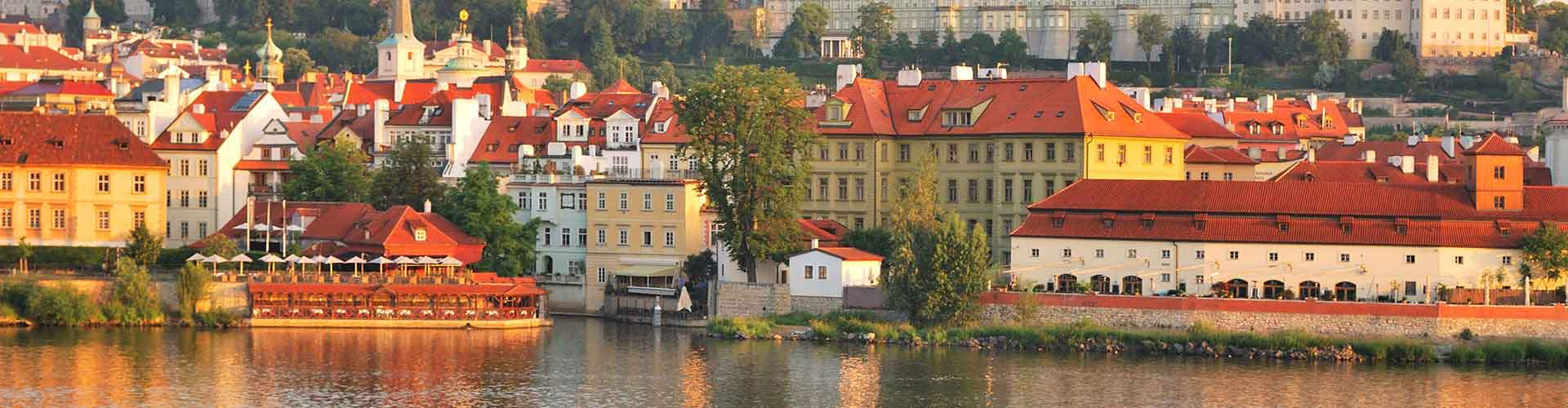 Prague - Hôtels près de Château de Prague. Cartes pour Prague, photos et commentaires pour chaque Hôtel à Prague.