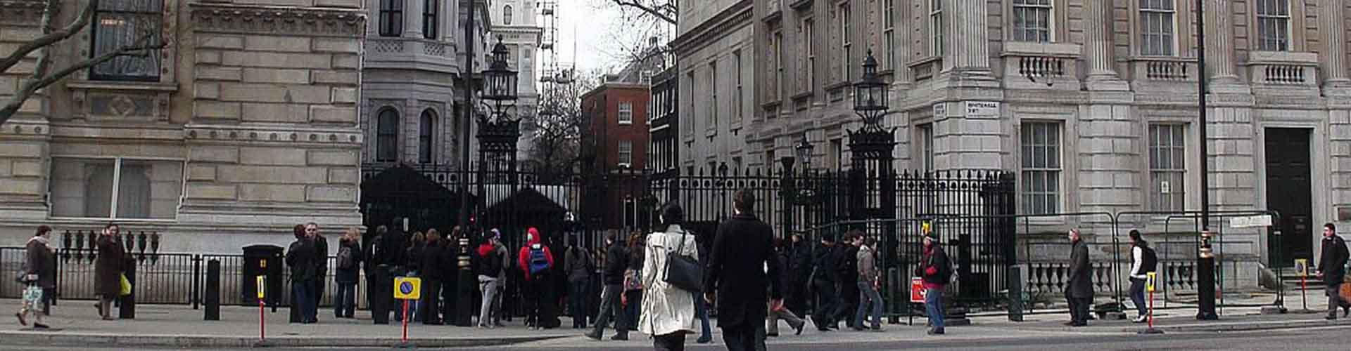 Londres - Auberges de jeunesse près de 10 Downing Street. Cartes pour Londres, photos et commentaires pour chaque auberge de jeunesse à Londres.