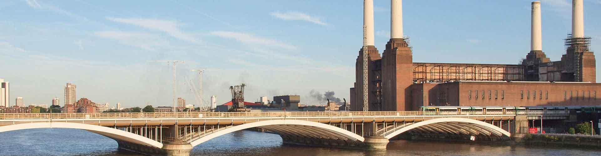 Londres - Auberges de jeunesse près de Battersea Power Station. Cartes pour Londres, photos et commentaires pour chaque auberge de jeunesse à Londres.