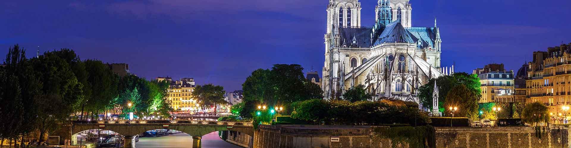 Paris - Auberges de jeunesse près de Notre-Dame de Paris. Cartes pour Paris, photos et commentaires pour chaque auberge de jeunesse à Paris.