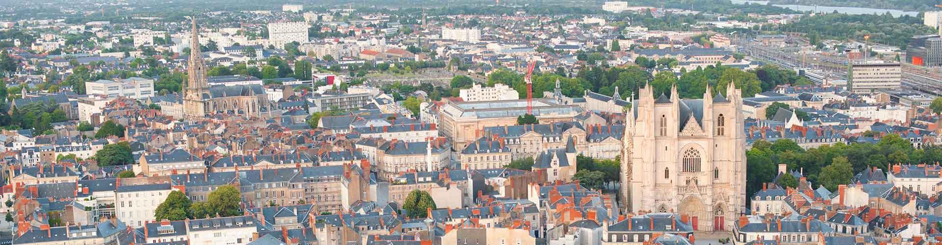 Nantes - Appartements près de Gare de Nantes. Cartes pour Nantes, photos et commentaires pour chaque appartement à Nantes.