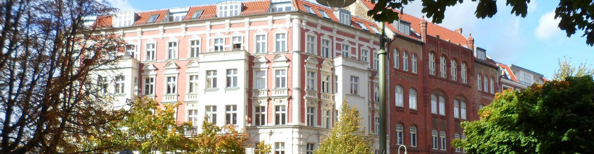 Berlin - Hôtels dans le quartier de Prenzlauer Berg. Cartes pour Berlin, photos et commentaires pour chaque hôtel à Berlin.