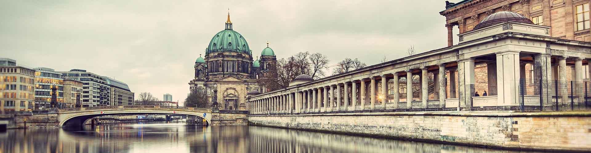 Berlin - Chambres près de Berliner Dom. Cartes pour Berlin, photos et commentaires pour chaque chambre à Berlin.