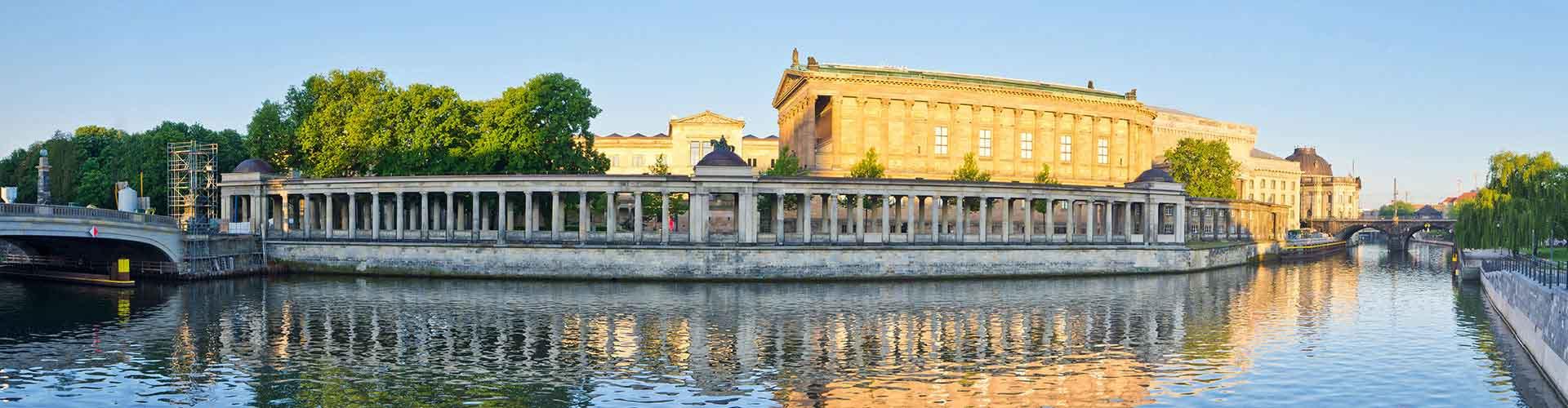 Berlin - Chambres près de Museum Island. Cartes pour Berlin, photos et commentaires pour chaque chambre à Berlin.