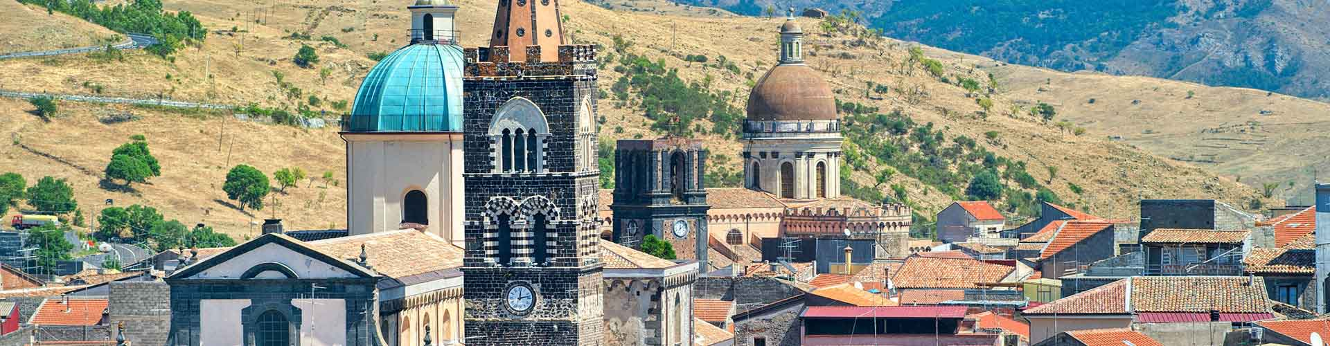 Sicile - Auberges de jeunesse à Sicile. Cartes pour Sicile, photos et commentaires pour chaque auberge de jeunesse à Sicile.