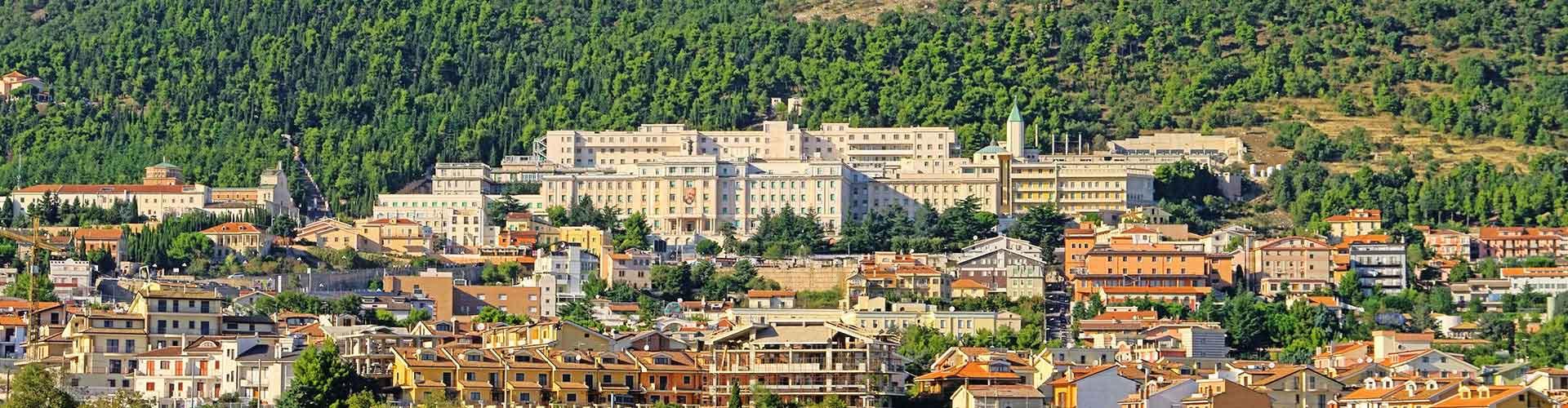 Florence - Hôtels dans le quartier de San Giovanni. Cartes pour Florence, photos et commentaires pour chaque hôtel à Florence.