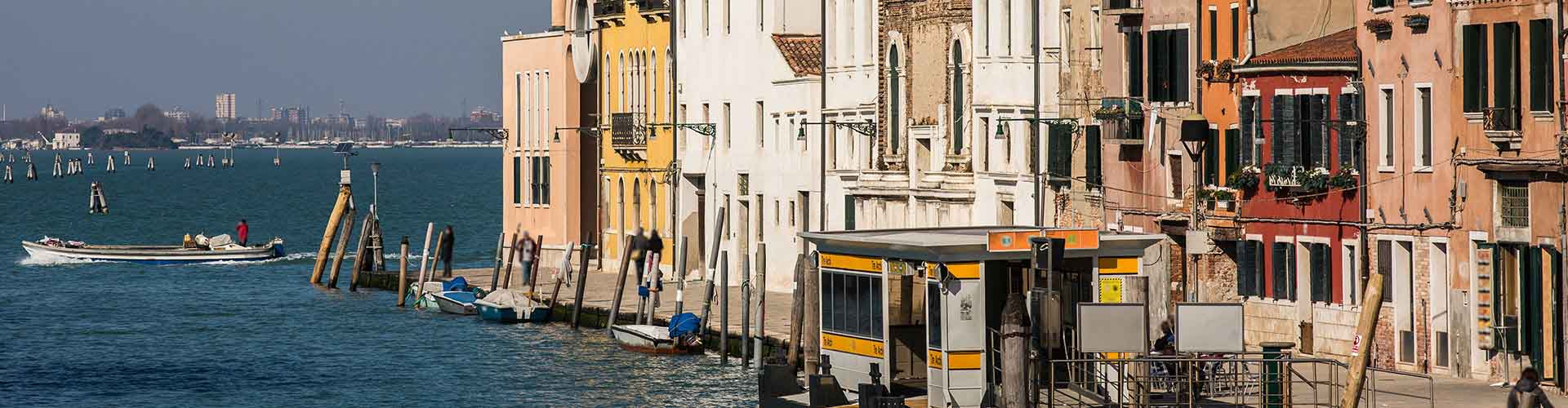 Venise - Auberges de jeunesse dans le quartier de Sestiere Cannaregio. Cartes pour Venise, photos et commentaires pour chaque auberge de jeunesse à Venise.