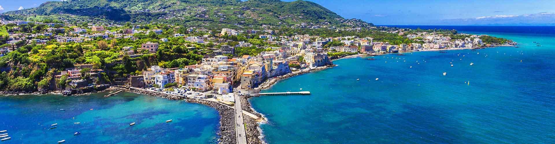Ischia - Hôtels à Ischia. Cartes pour Ischia, photos et commentaires pour chaque hôtel à Ischia.