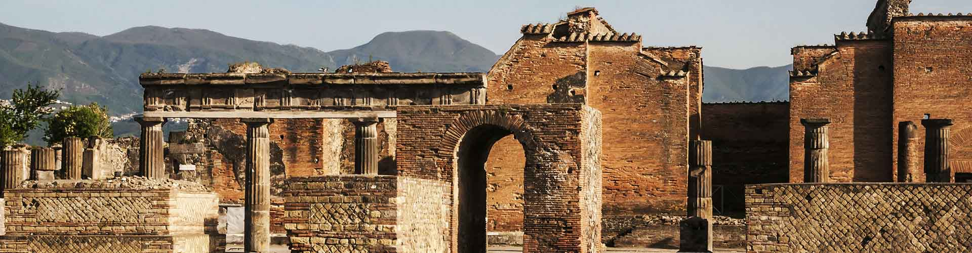 Pompei - Appartments à Pompei. Cartes pour Pompei, photos et commentaires pour chaque appartement à Pompei.